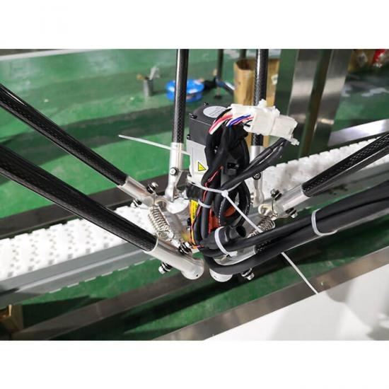 Pick & Place Delta Robot for loading